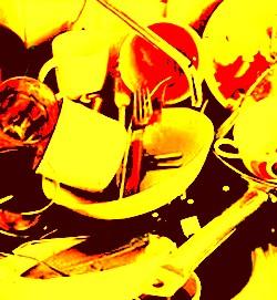 мръсни чинии